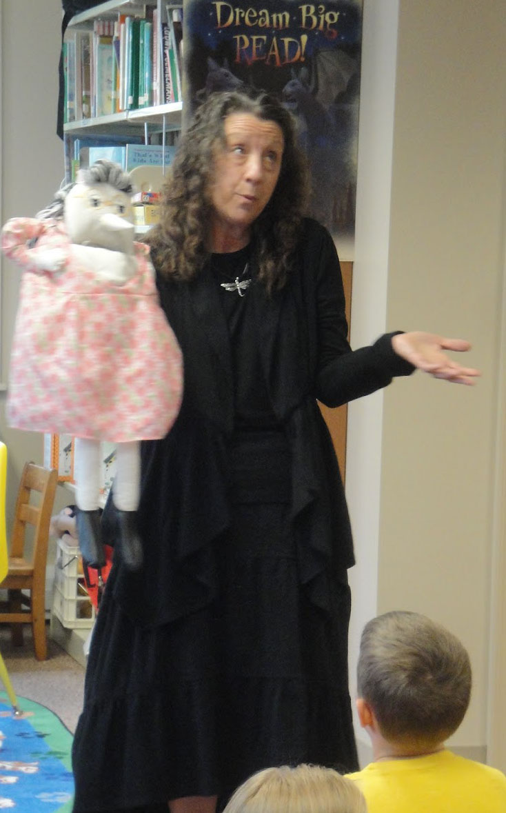 photo of storyteller Karen Pillsworth